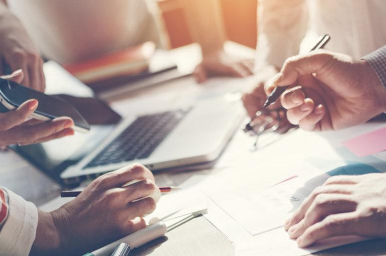 Waarom je online marketing uitbesteden? Wij geven je 4 redenen